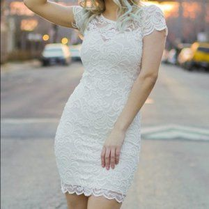 CI SONO by Cavalini White Lace Dress With Lining